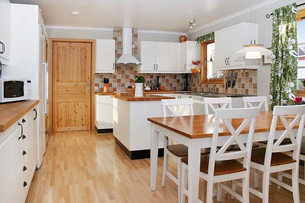 ห้องครัวตกแต่งด้วยไม้