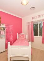 ห้องนอนสไตล์วินเทจ ห้องสีชมพู ขาว