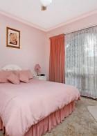 ห้องนอนสีกะปิ ชมพูแก่