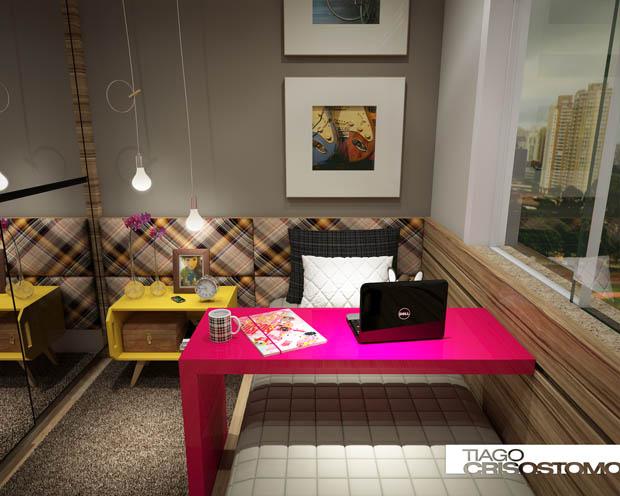 โต๊ะสีชมพู