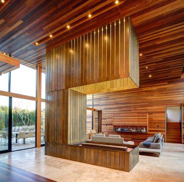 บ้านไม้หลังใหญ่ ออกแบบทันสมัย ทรงโมเดิร์น