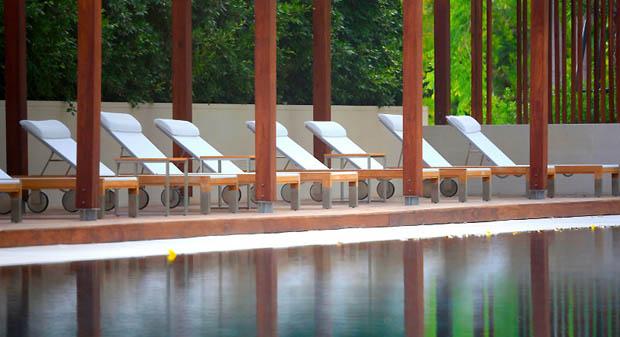 สระว่ายน้ำ คอนโดมีสระว่ายน้ำ
