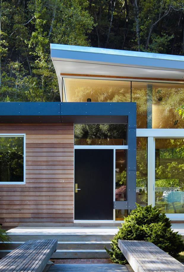 สร้างบ้านหลังคาแบน ผนังกระจก