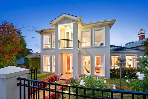 บ้านสวยสองชั้น