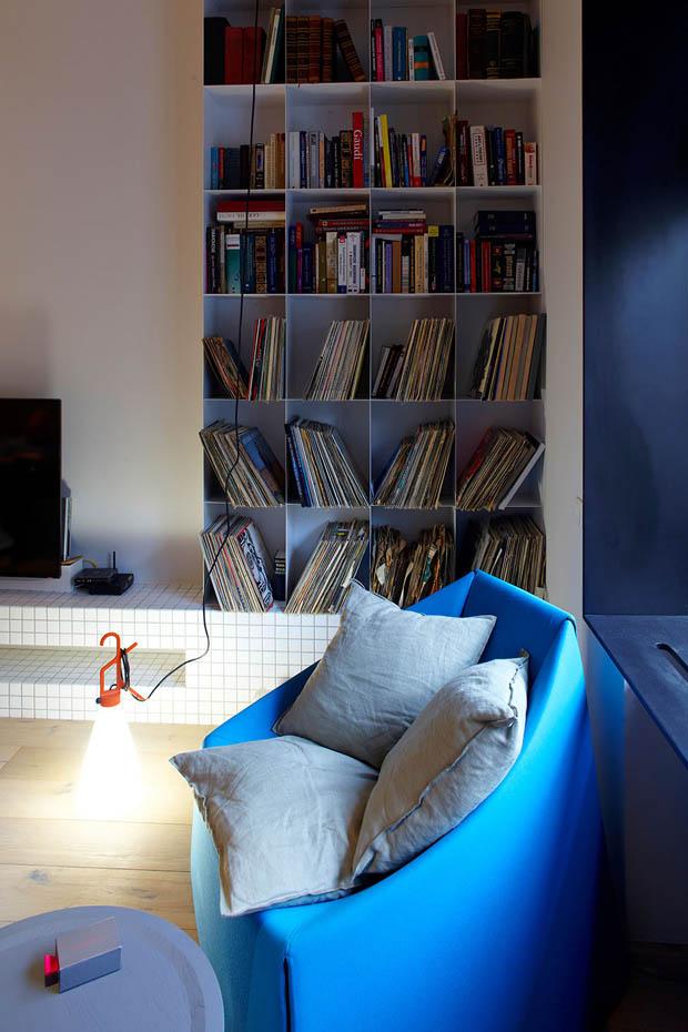 ตู้หนังสือ ห้องอ่านหนังสือขนาดเล็ก