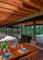 แบบบ้านไม้ ผนังกระจกใส