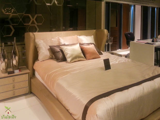 Luxurious Bedroom Furniture
