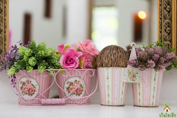 แจกันดอกไม้ ทำจากแก้วน้ำ