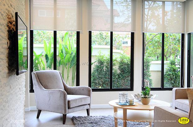 หน้าต่าง ติดกับสวน