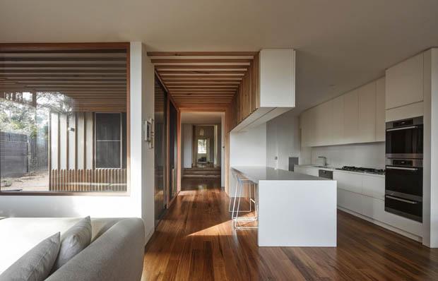 บ้านพื้นไม้