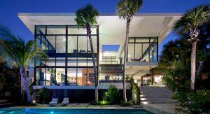 บ้านหรูริมน้ำ