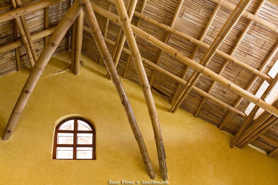 บ้านหลังคาไม้ไผ่ แช่เกลือบอแรกซ์ ทนทานหลายปี
