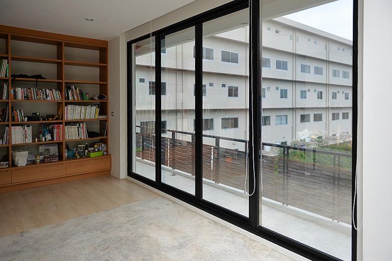 Image result for ประตูหน้าต่างอลูมิเนียม
