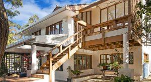 บ้านปูนสีขาว