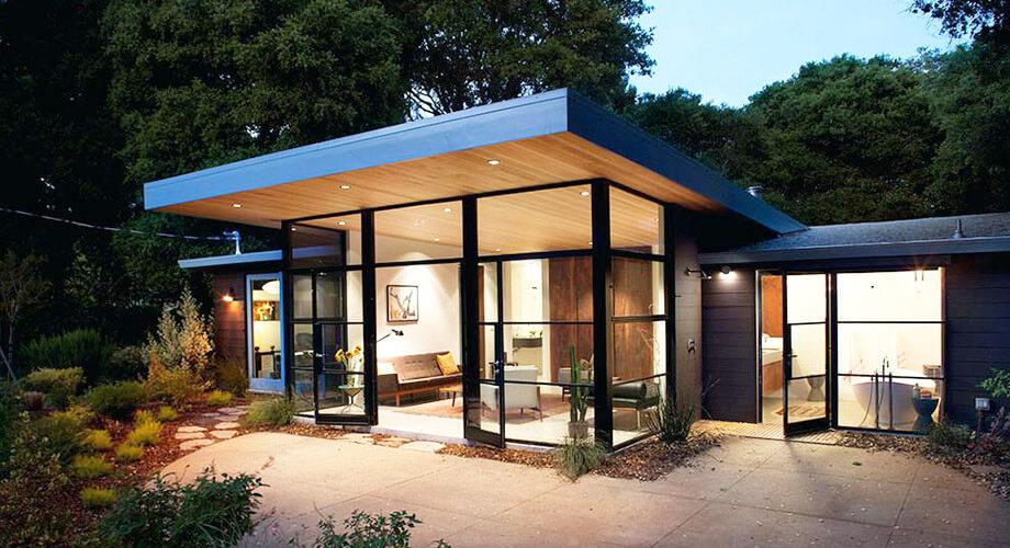แบบบ้านชั้นเดียว แต่งบ้านให้ทันสมัย ด้วยผนังกระจก บ้าน