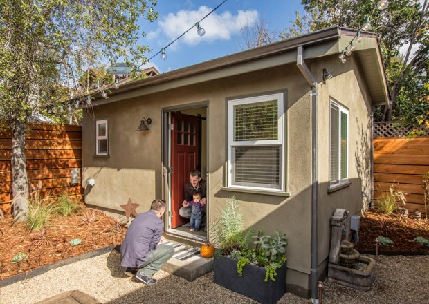 Happy house for Backyard casita plans