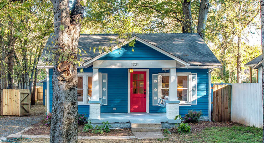 บ้านสีฟ้าสไตล์คอทเทจ