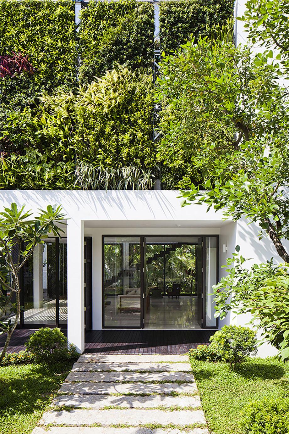 Vertical-Garden-Home-01