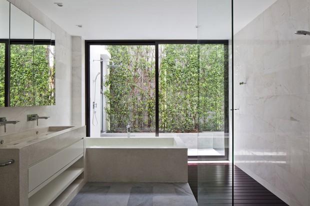 Vertical-Garden-Home-16