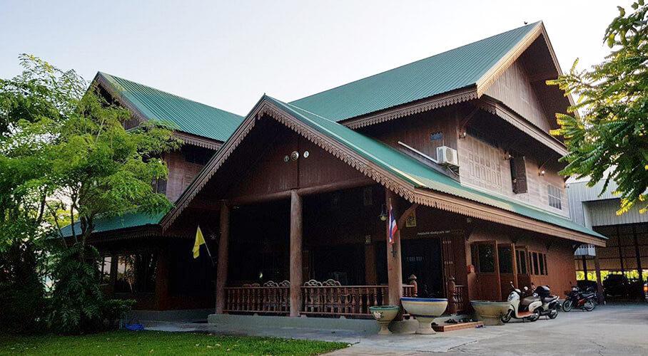 บ้านไทย หลังคาเมทัลชีท