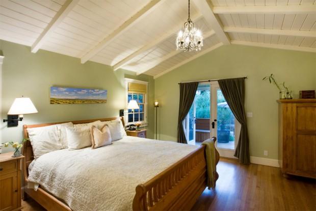 ้ห้องนอนมีระเบียง
