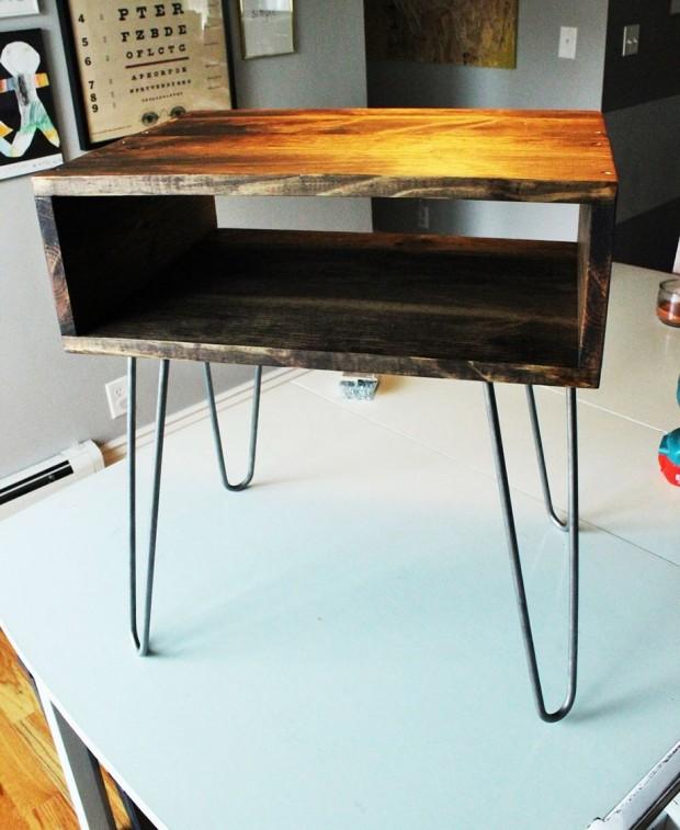 โต๊ะกลางที่ทำสีเสร็จเรียบร้อยแล้ว