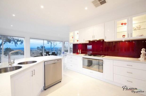 ห้องครัวสีขาว-แดง