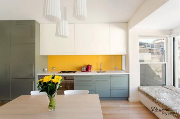 ห้องครัวสีเหลือง-ขาว