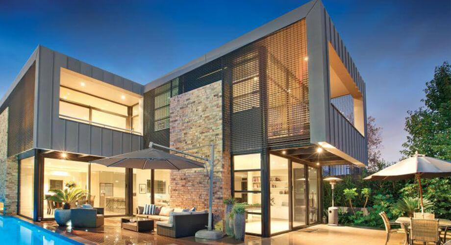 บ้านสวยหลังใหญ่ พร้อมสระว่ายน้ำหน้าบ้าน - บ้านไอเดีย เว็บไซต์เพื่อบ้านคุณ