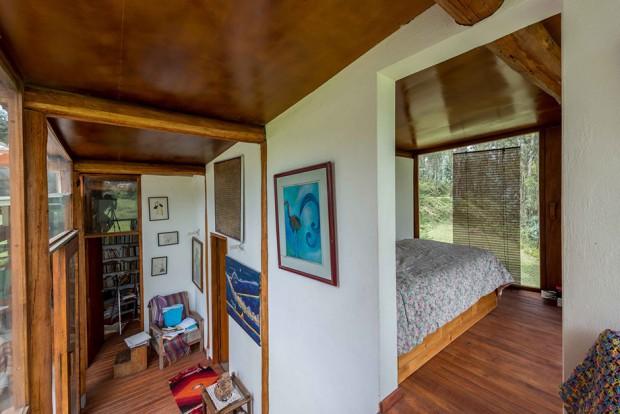 ห้องนอนปูพื้นไม้