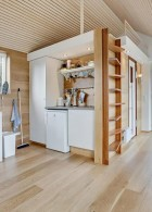 Scandinavian-modern-tiny-house-16