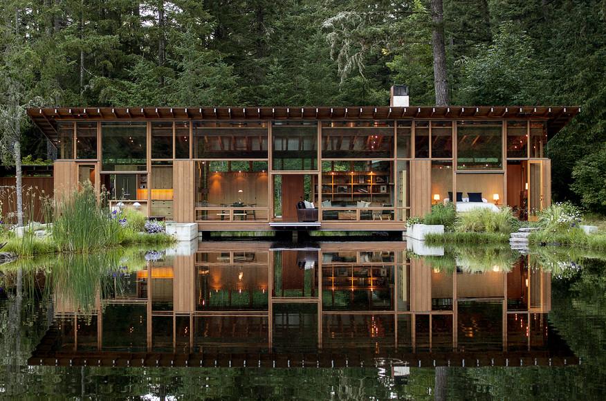 บ้านไม้ชั้นเดียวติดน้ำ
