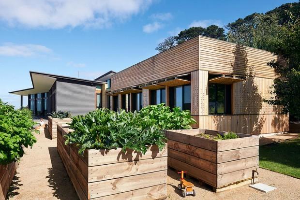 บ้าน Modern ฟาซาดไม้