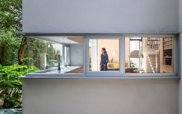 ช่องหน้าต่างบริเวณครัว