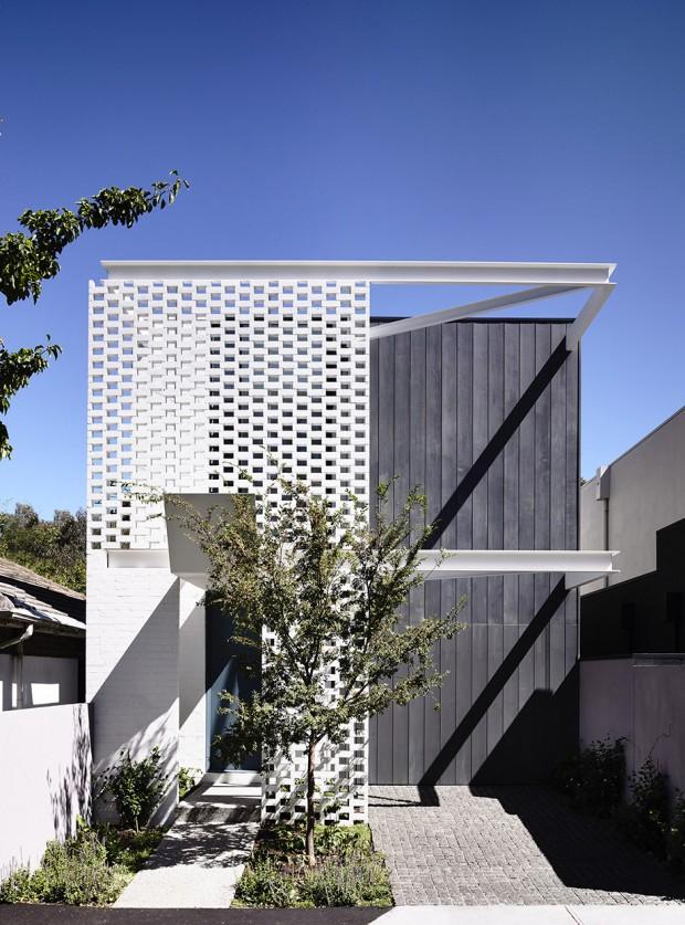 Black-White-Facade-House-22