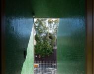 โถงทางเดินกรุกระเบื้องโมเสกสีเขียว