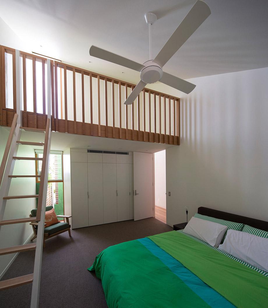 ห้องนอนตกแต่งด้วยชุดเครื่องนอนสีเขียว