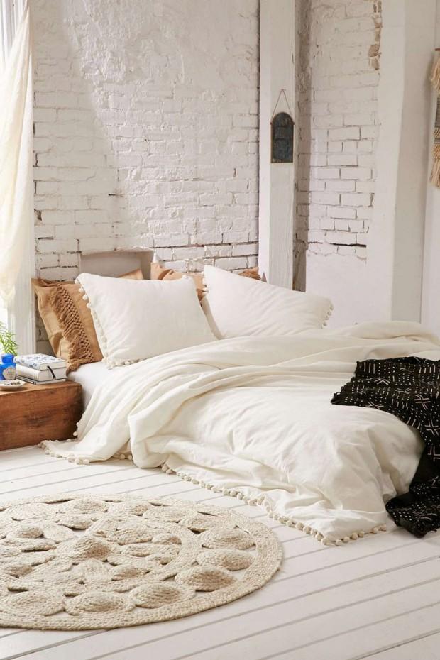 เตียงติดพื้นสไตล์มินิมอล