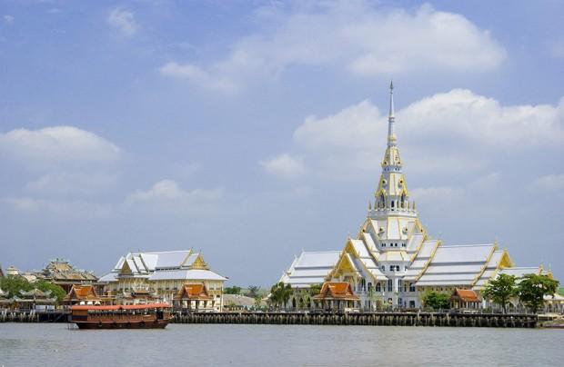 Wat Sothonwararam Worawihan-01