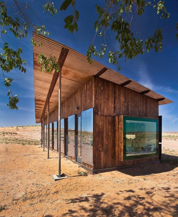 nakai-บ้านกลางทะเลทราย