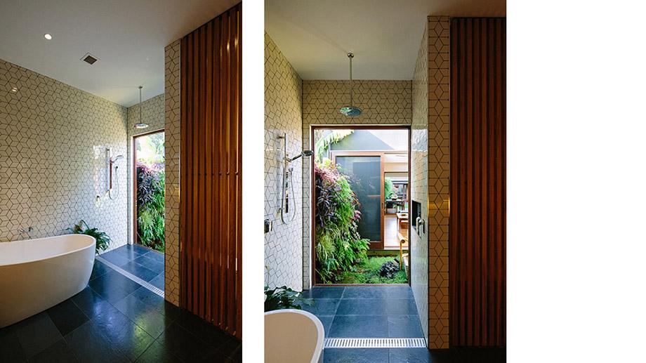ห้องน้ำเปิดเห็นสวนกลางบ้าน