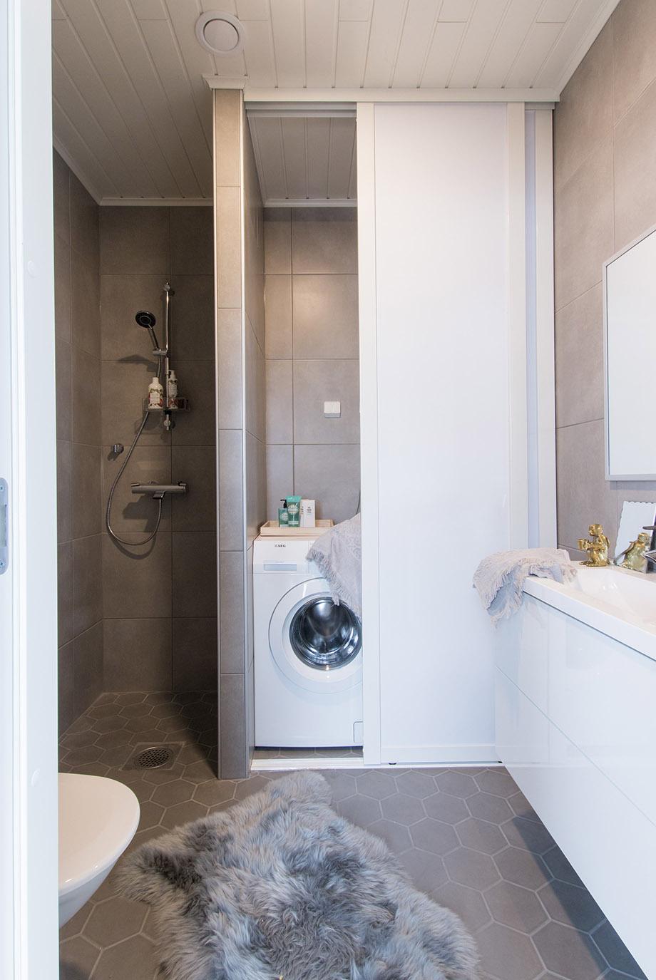 ห้องน้ำมีโซนซักล้าง
