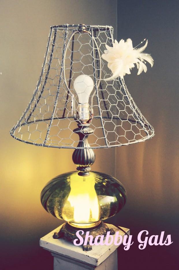โคมไฟทำจากตาข่ายกรงไก่