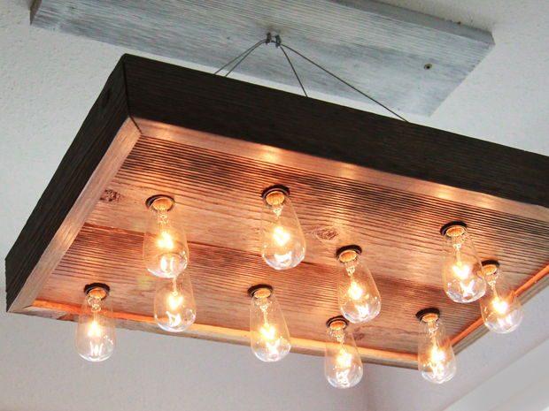 DIY โคมไฟแขวนทำจากไม้เก่า
