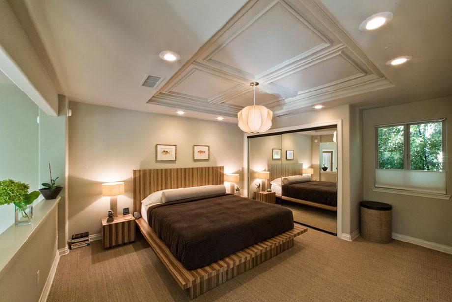 ห้องนอนหลักตกแต่งโทนสีน้ำตาล