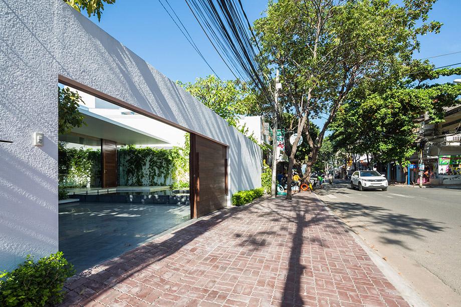 บ้านโมเดิร์นผนังไม้เลื้อยในเวียดนาม