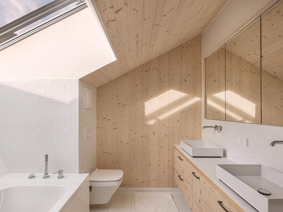 ห้องน้ำติดช่องแสงสกายไลท์