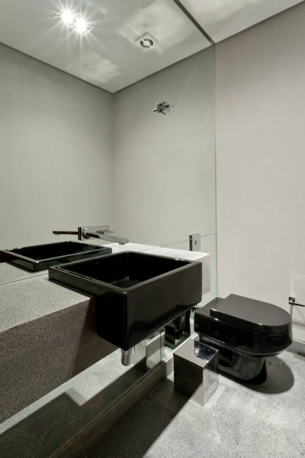 ห้องน้ำสไตล์โมเดิร์นทูโทนขาว-ดำ