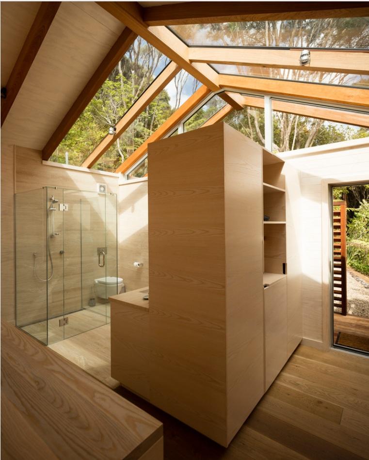 ห้องน้ำโปร่งแสง