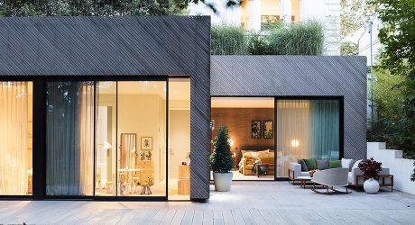 บ้านทรงกล่องสีเทาดำ